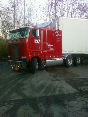 1990 362 Red Cabover
