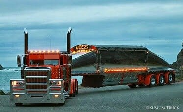 Exceptionally cool customized Peterbilt 389, Glider Kit