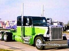 Green Black Peterbilt 379 Truck
