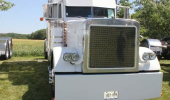 Big Rigs Show Trucks: Stylin' And Profilin'