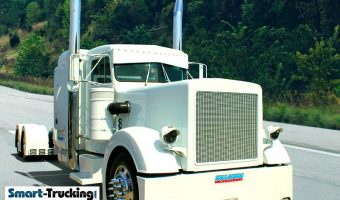 White Custom 359 Peterbilt Truck