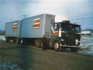 1984 White Freightliner Cabover Dark Blue