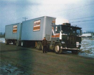 1984 White Freightliner cabover-white-freightliner