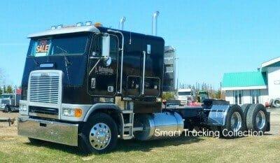 Cabover Freightliner Blue