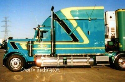Custom Sleeper Conventional Freightliner Green Yellow