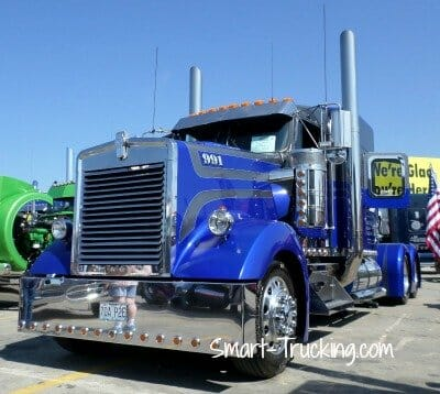 Kenworth Show Truck W900B Royal Blue