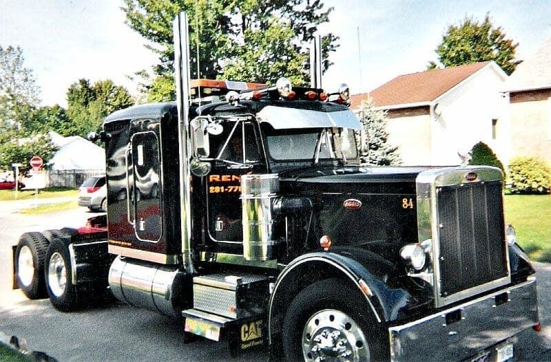 Black 84 Peterbilt 359 Round Headlights