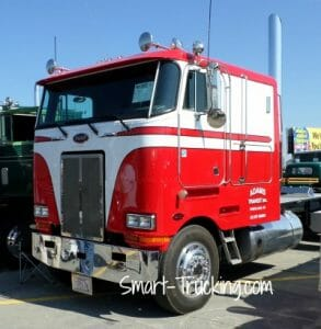 Cabover Peterbilt Red White