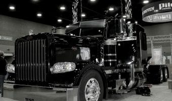 Black 389 Peterbilt Custom Rig
