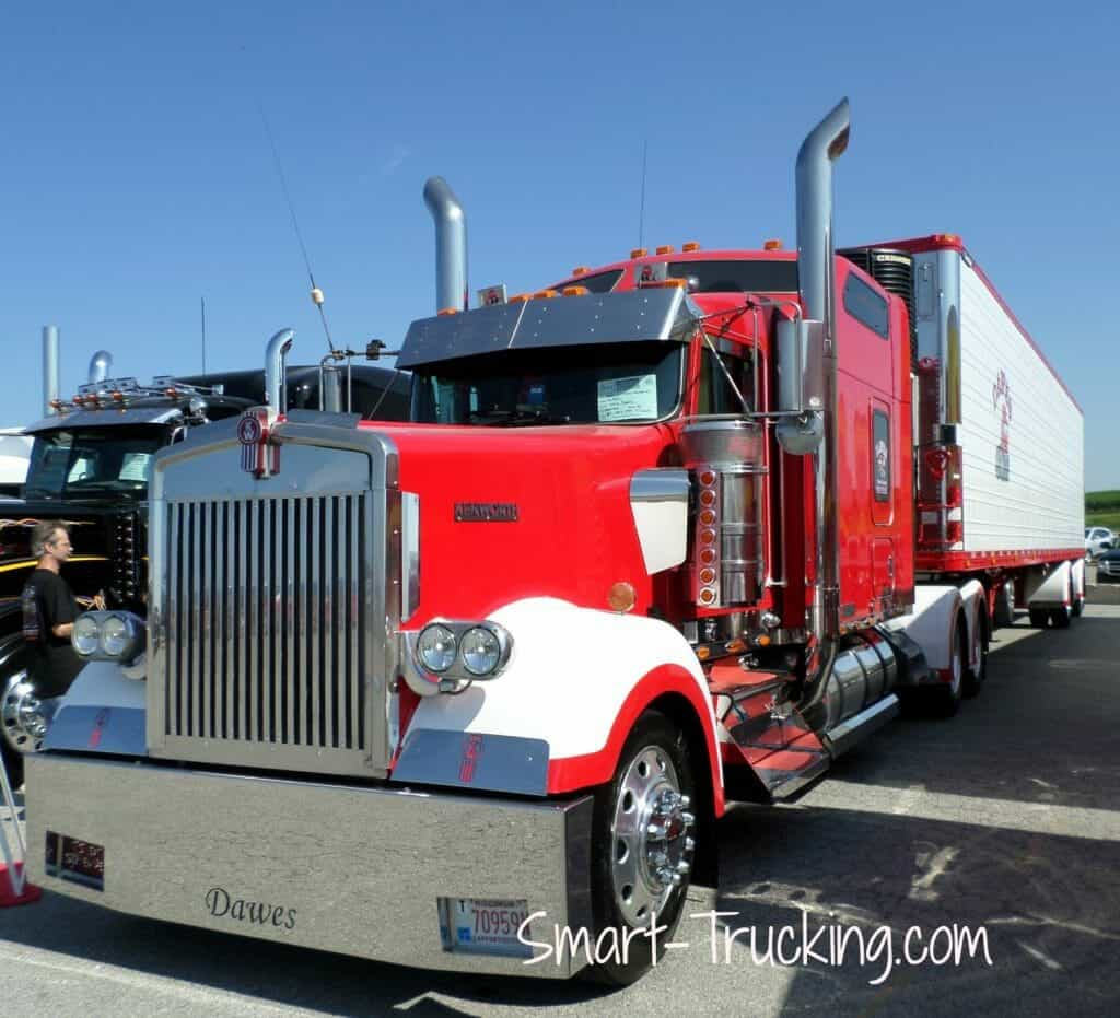 Red Kenworth W900 Walcott Truck Show