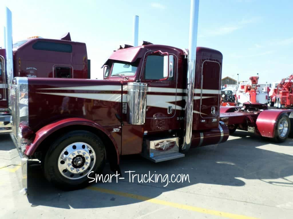 379 Custom Peterbilt Maroon White