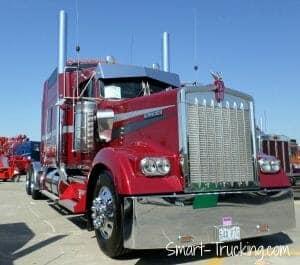 Red Kenworth W900L Rig