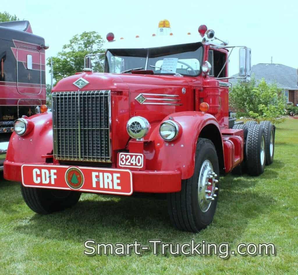 Red Diamond T 921 Rig