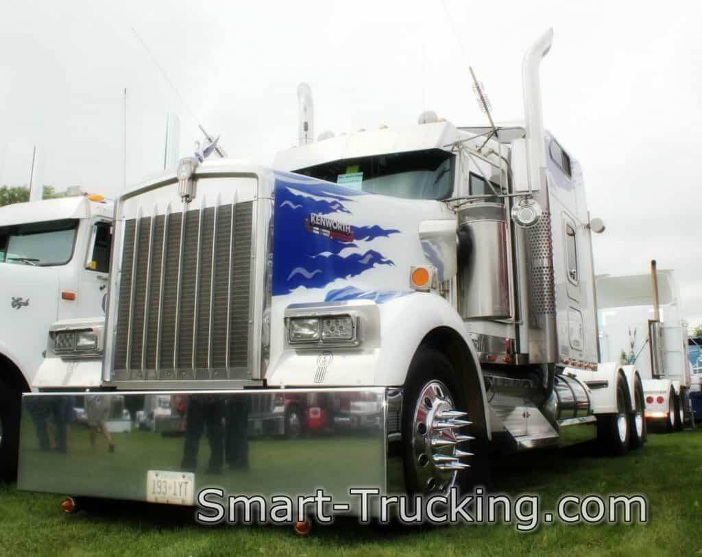 Kenworth W900 White Owner Operator Truck