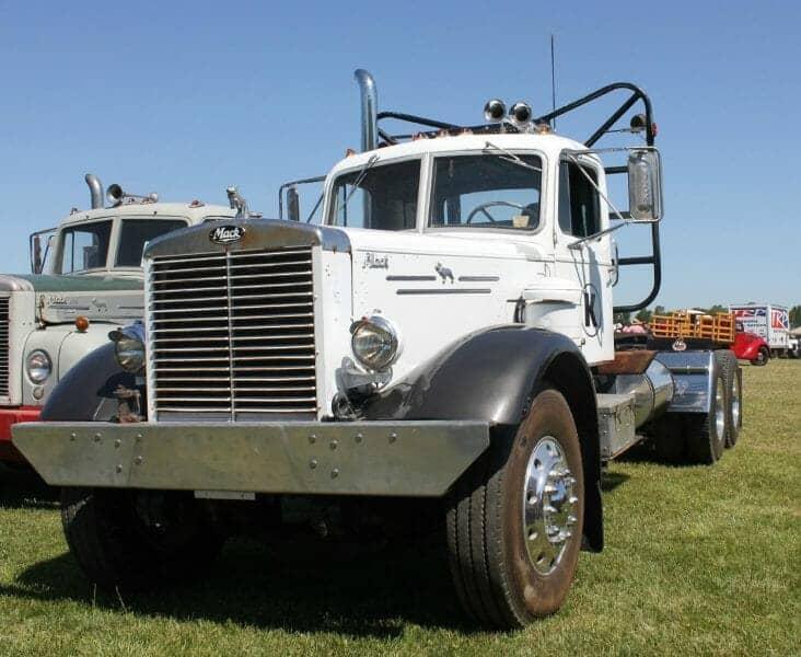 1952 Mack LTL Model Truck White