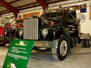 1961 Black B61 Mack Truck 237 HP Engine 5X2 Transmission