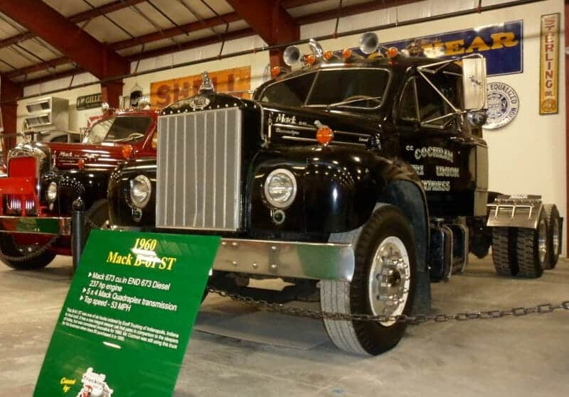 1961 Black B61 Mack Truck 237 HP Engine 5X2 Transmission