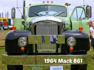 1964 B61 Model Mack Truck Green Black