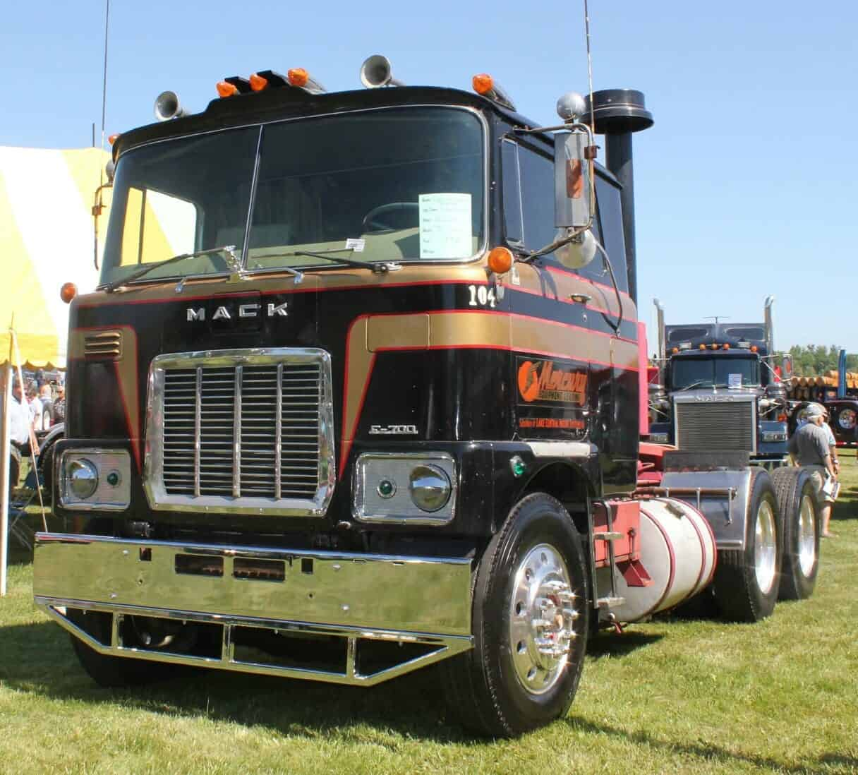1973 Mack Tractor Truck : Mack truck pictures and memories