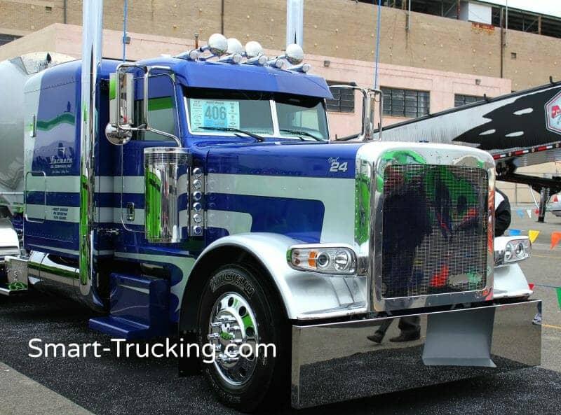2014 Blue Gray Peterbilt 389 Model Truck