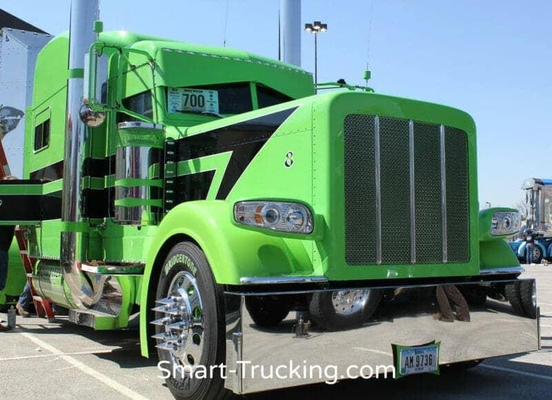 Lime Green Black 389 Peterbilt Show Truck