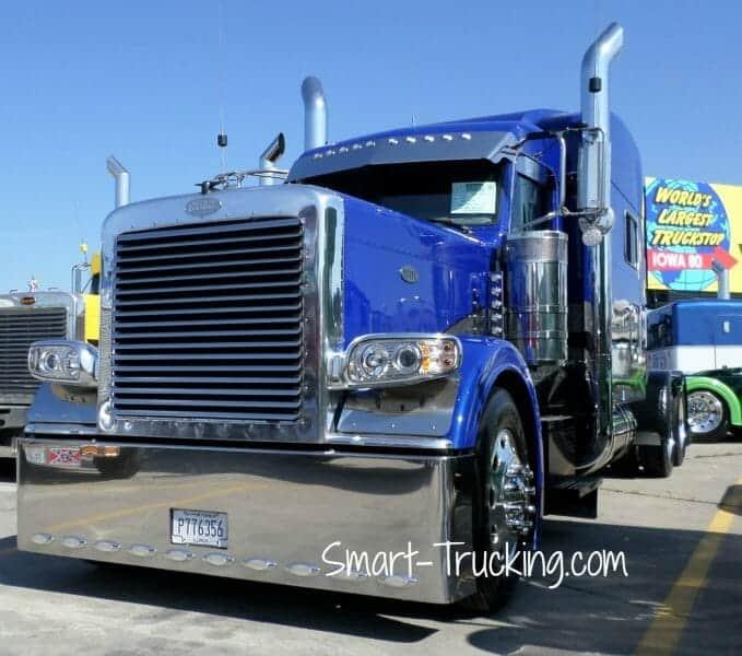 Royal Blue 389 Peterbilt Custom Truck