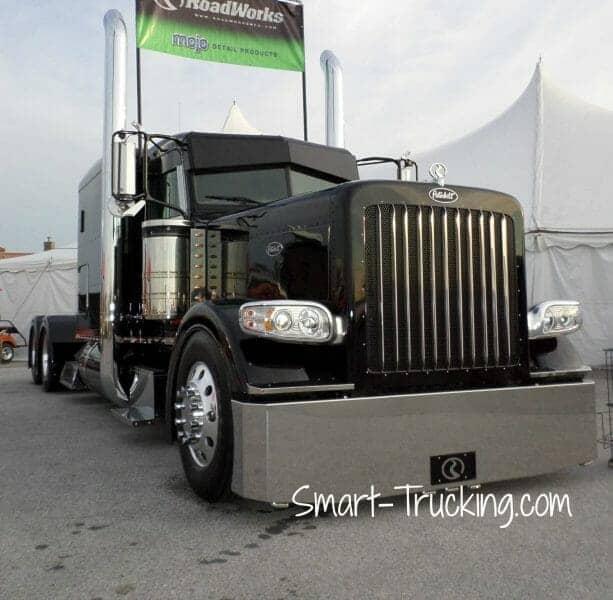 Black 389 Peterbilt Show Truck