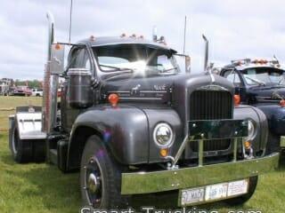 1957 Gray B61 Thrermodyne Mack Truck