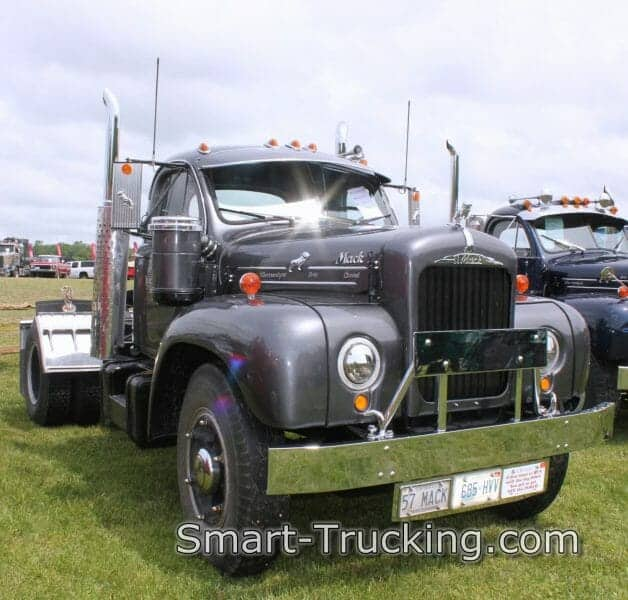 1957 Gray B61 Thrermodyne Mack Truck