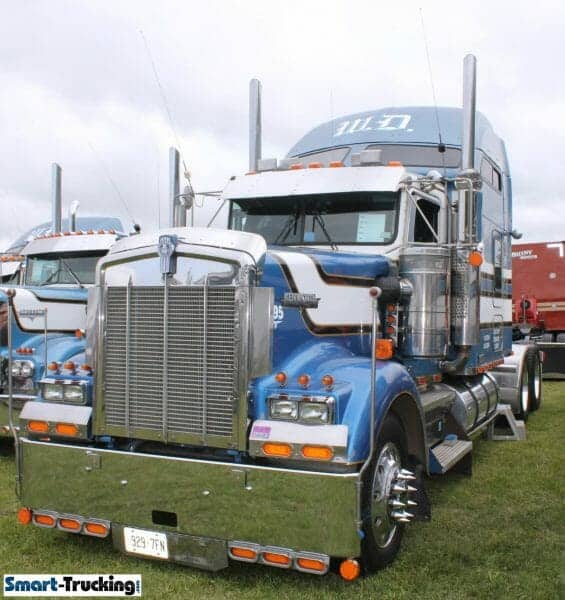 1995 Kenworth W900 Blues Custom Sleeper Highrise