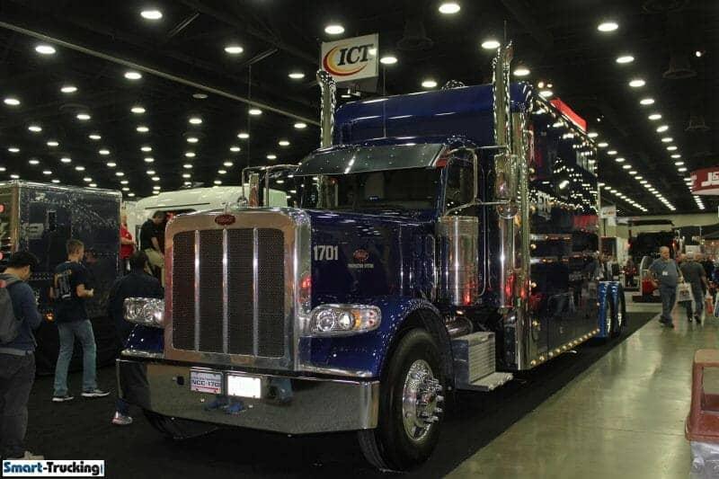 Peterbilt 389 Royal Blue Large Custom Sleeper Berth Truck
