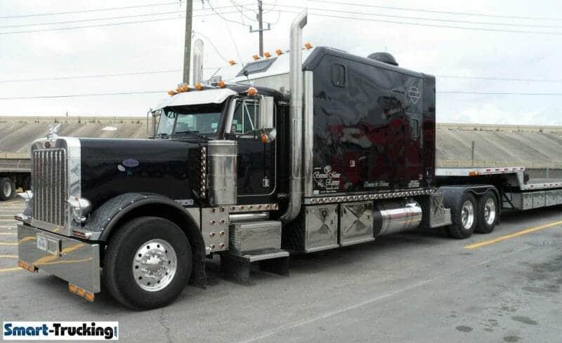 Peterbilt Black 379 Big Sleeper Berth Truck