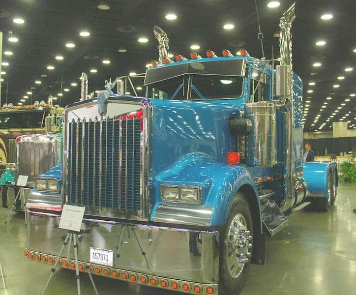 1983 Kenworth W900 Custom Blue Truck