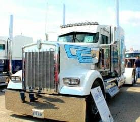 2016 Kenworth W900 Custom Show Truck White Blue