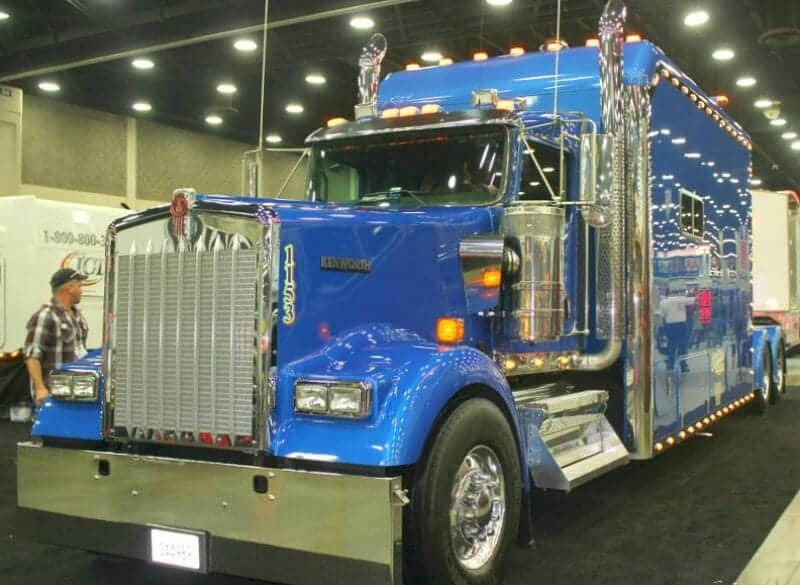Custom Kenworth Huge Bunk Royal Blue