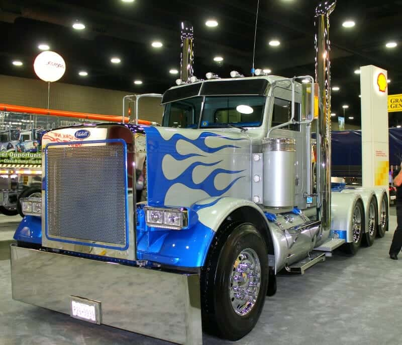 Custom Peterbilt 379 Shell Super Rigs 2017