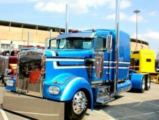 Kenworth W900A Custom Blues