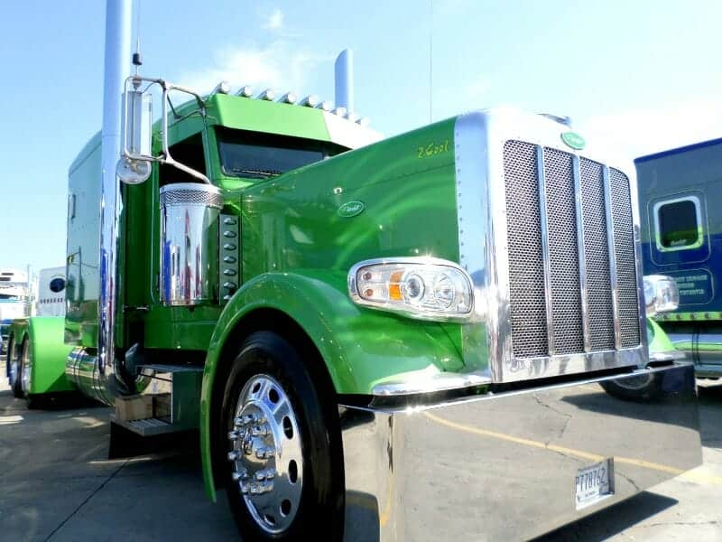 Peterbilt 389 Big Rig Show Truck Lime Green