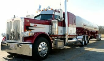 Peterbilt 389 Farmers Oil Red White with Tanker Trailer