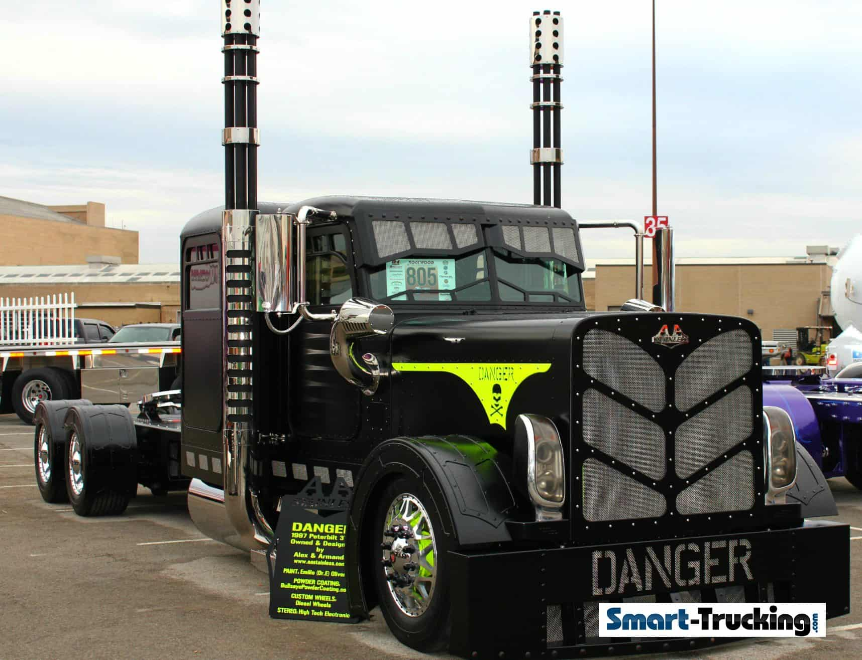 1997 Peterbilt 379 DANGER