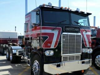 979 Freightliner Cabover Black Red White