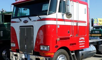 Conventional vs Cabover Trucks – Will Cabovers Make a Comeback?